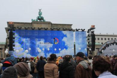 BÜRGERFEST BERLIN<br>25 JAHRE FALL DER BERLINER MAUER